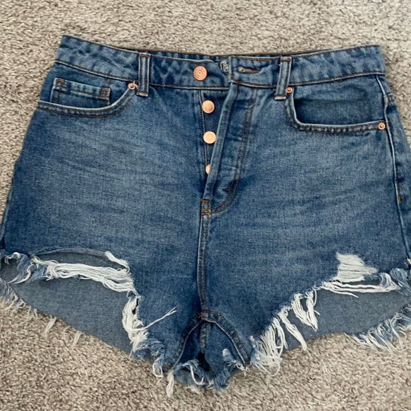 Wild fable cut offs